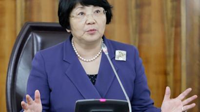 Kyrgyz President warns against return to presidential republic