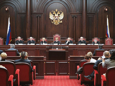 Medvedev's draft bill discriminates police – court