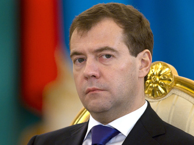 "Internet prankster ""protects"" Belarusian president from Medvedev"