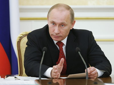 Putin reports to Russian public en route to Europe