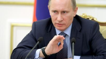 Vladimir Putin orders United Russia to calm down about 2012 elections