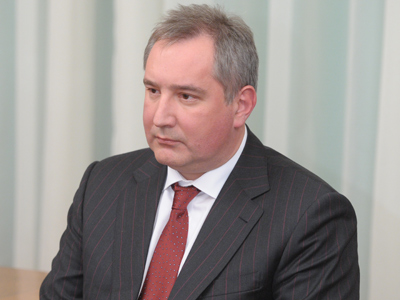 Rogozin promotes volunteer front to support military