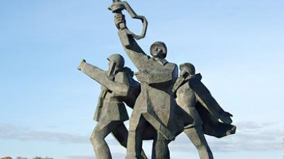 Latvian party calls for demolition of Soviet Liberator Memorials