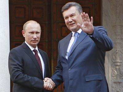 Vladimir Putin (L) and Viktor Yanukovich (RIA Novosti / Mikhail Klimentyev)