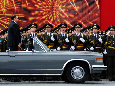 Russia considers jumpstarting iconic Soviet limousine