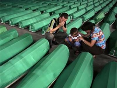 Serbia apologizes for Srebrenica massacre