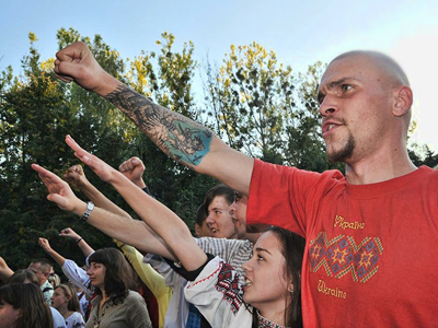 ­Ukrainian police detain armed nationalists