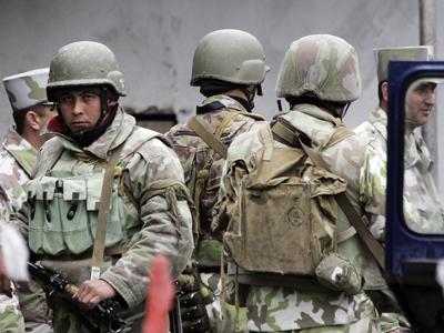 Uzbekistan bans foreign military bases