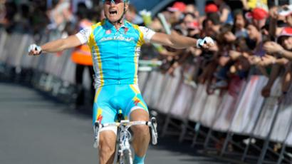 Team Astana's Alexander Vinokourov (Reuters / Vincent West)