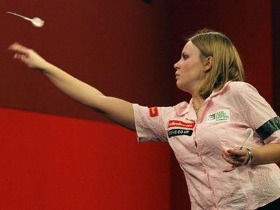 Russian regains darts world crown