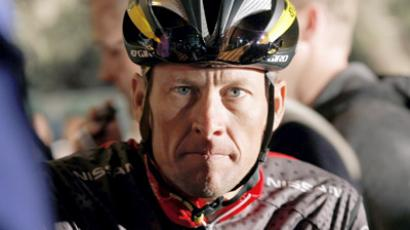 Armstrong finds comfort in family