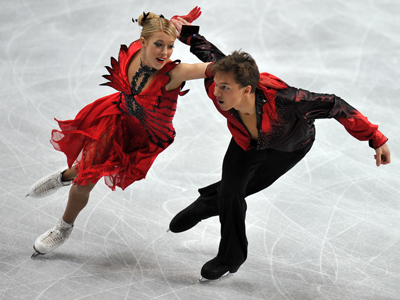 Russian ice dancers settle for silver and bronze in Sheffield