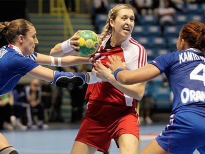 France deny Russia fourth consecutive handball crown