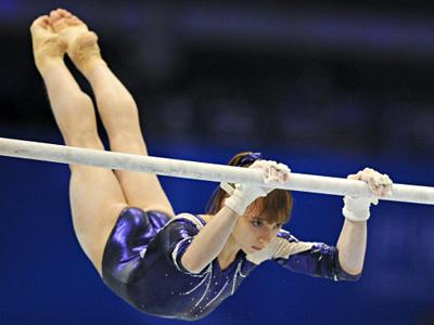 Komova wins first Russian gold at Gymnastics Worlds