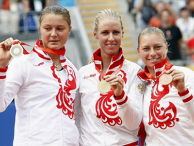 Medal hat-trick for Russia as Dementieva takes gold