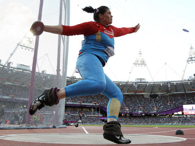https://img.rt.com/files/oldfiles/sport/perkovic-pishchalnikova-russia-discus-throw-london-olympics-877/womens-pishchalnikova-darya-discus.jpg
