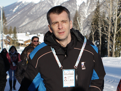 Prokhorov mulls over quitting biathlon union