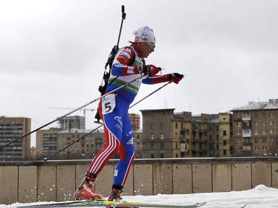 Russian biathlon captain seriously injured in season start