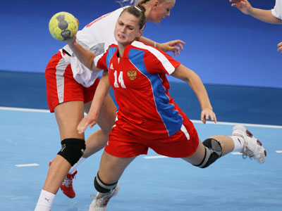 Veronica Gagarina during the handball match of the Singapore 2010 Youth Olympic Games, where the Russian national handball team won silver medals (RIA Novosti / STF)