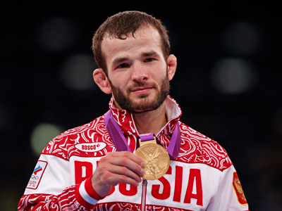 Russian wrestlers continue hunt for Olympic gold