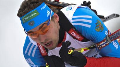 Shipulin takes silver in mass start at biathlon worlds