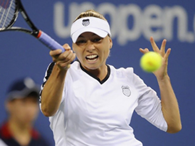 Zvonareva in US Open quarter-finals, Sharapova and Kuznetsova out