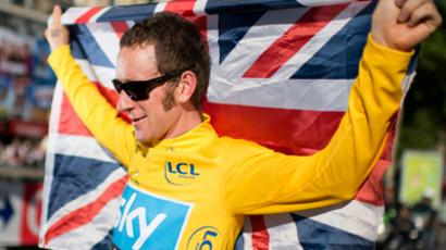 Tour de France winner Wiggins run over by car