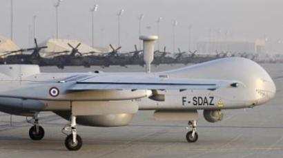 BAGRAM : A picture taken on December 26, 2010 shows one of three drones Harfang of the French army at the US airbase in Bagram in Afghanistan. (AFP Photo/Joel Saget)