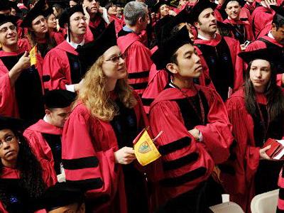 Harvard University students attend commencement ceremonies June 4, 2009 in Harvard Yard in Cambridge, Massachusetts (Darren McCollester/Getty Images/AFP)
