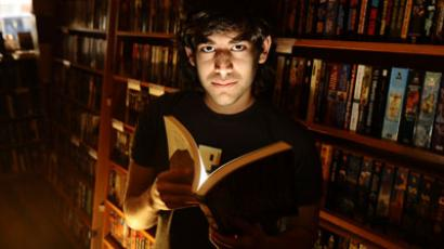 Prosecutors defend charges against Aaron Swartz