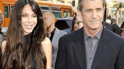 Actor Mel Gibson and Oksana Grigorieva  (AFP Photo)