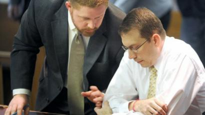 Attorney Casey Copeland (L) speaks Wednesday with client, David Paschal (Photo by Andy Shupe)