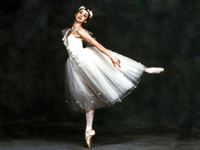 Nina Ananiashvili in La Sylphide.