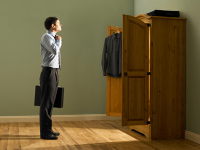 US Vice-President Joe Biden staffers hold local reporter in storage closet.