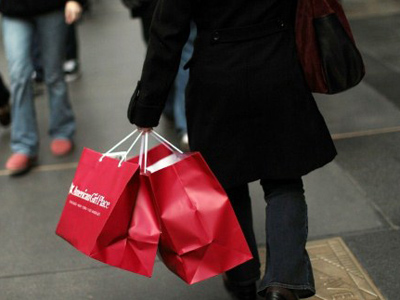 Consumer confidence sinks to recession levels