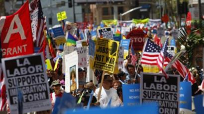 Demonstrators march during a May Day protest May 1, 2011 in Los Angeles, California (Eric Thayer / Getty Images / AFP)