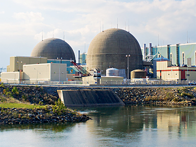 Two nuclear reactors at Lake Anna went offline