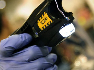 The Taser X26 gun (AFP Photo / Karen Bleier)