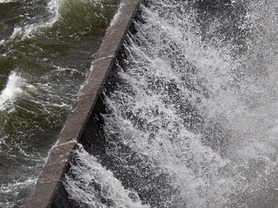 Crumbling levees threaten US with new Katrina