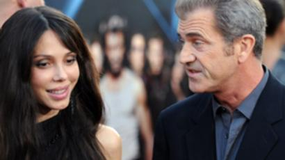 Actor Mel Gibson and his guest Oksana Grigorieva / AFP Photo/Jewel Samad