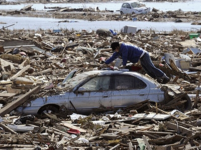 Japanese tsunami debris will reach US