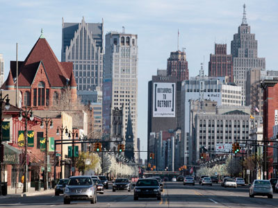 Downtown Detroit is seen along Woodward Ave in Detroit.(Reuters / Rebecca Cook)
