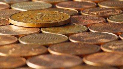 Insurance company pays $21k in coins to elderly man with a hernia
