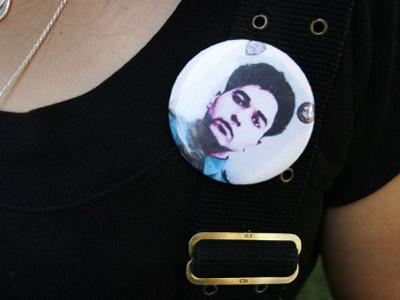 A photo of 9/11 victim Mohammad Salman Hamdani is worn by his mother Talat Gilani Hamdani (McNew / Getty Images / AFP)