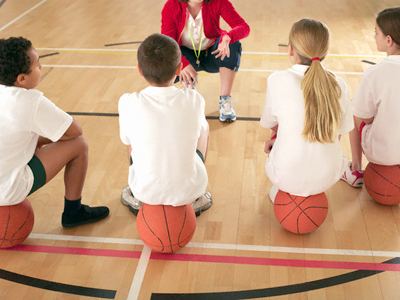 Schoolgirl banned from playing basketball for speaking Native American language