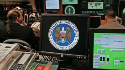 Court gives government the go-ahead for warrantless wiretaps