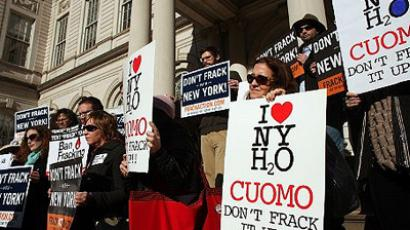 Opponents of hydraulic fracturing in New York state attend a news conference and rally against hydraulic fracturing, also known as fracking, on January 11, 2012 in New York City. (Spencer Platt/Getty Images/AFP)