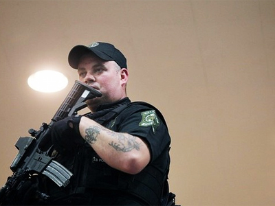 A police officer (AFP Photo / Getty Images)
