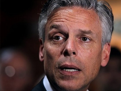 Former Obama ambassador to China John Huntsman speaks at a Meet and Greet in Lebanon, N.H. , Friday, May 19, 2011 (AFP Photo / Getty Images)