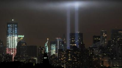 "The annual ""Tribute in Light"" memorial echoing the twin towers of the World Trade Center illuminates the night sky during the 10th Anniversary of the September 11, 2001 (AFP Photo / Stan Honda)"